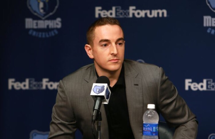 Grizzlies owner Robert Pera may sell the team to the minority owners